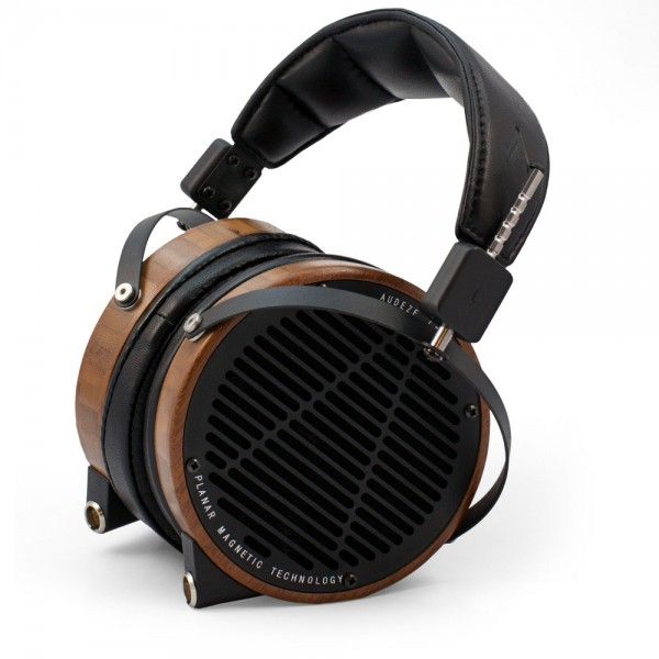 Audeze-LCD2-Boo-Leather-Seated-wShadow