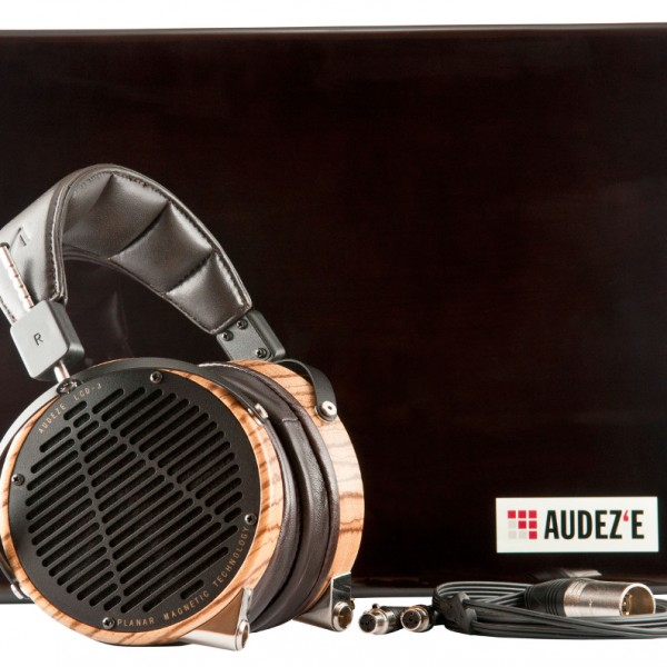 Audeze-LCD3-Zebrawood-Leather-wCase-Cables